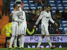 Sergio Ramos (li.) jubelt über sein 2:0 gegen Vallecano.