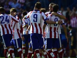 Kollektiver Jubel: Atleticos Spieler feiern den zweiten Treffer durch Mario Suarez.