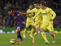Auf ihn sollte Villarreal besonders achten: Lionel Messi (li.) ist im Jahr 2015 in überragender Form.