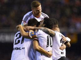 Dani Parejo (mit Kapitänsbinde) brachte Valencia gegen Depor vom Punkt in Front.