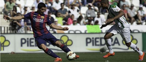 Luis Suarez markierte den Schlusspunkt und erzielte so seinen ersten Dreierpack für Barcelona.