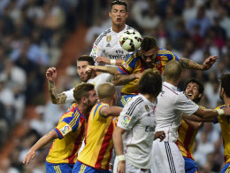 Es war eine wahre Schlacht zwischen Valencia und Real - das Bild spricht Bände.