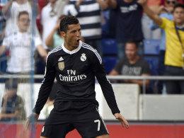 """Freut sich über seine persönlichen Triumphe trotz verlorener Meisterschaft weiterhin ausgelassen: Cristiano Ronaldo, der wohl """"Pichichi"""" wird."""