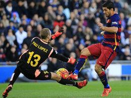 Pau Lopez gegen Luis Suarez
