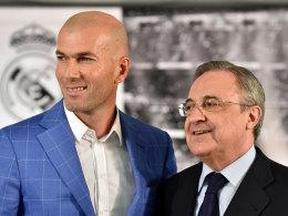 Wollen für neue Harmonie und neuen Erfolg bei Real stehen: Trainer Zinedine Zidane (l.) und Präsident Florentino Perez.