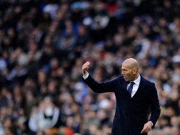 Auch auf dem Papier: Real bef�rdert Zidane