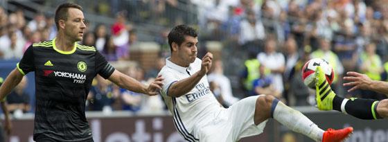 Wieder ein Blanco - doch wie lange noch? Alvaro Morata (r.) könnte Real noch verlassen.