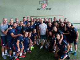 Bilbao-Spieler rasieren sich Glatze für kranken Yeray