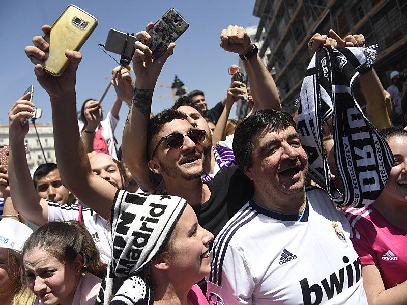 Fußball-Liga macht das Handy der Fans zur Wanze