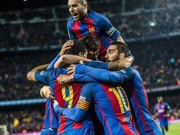 Trotz Doppel-Rot: Barcelona zieht ins Finale ein
