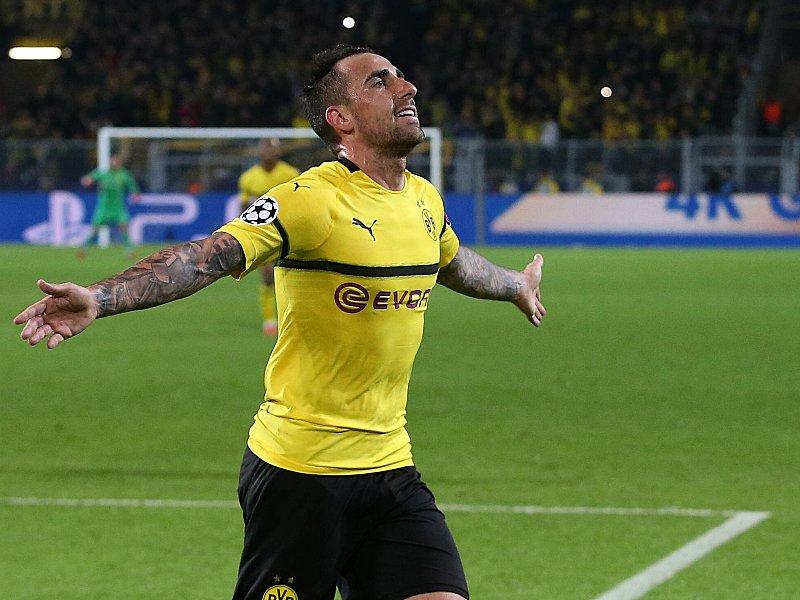 Borussia Dortmund Nach Zweieinhalb Jahren Paco Alcacer Zurück In