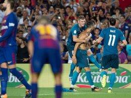 Real stürmt das Camp Nou - CR7 schubst Referee nach Gelb-Rot
