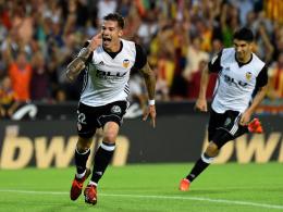 Valencia marschiert und sitzt Barça im Nacken