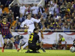 Rannte Bartra davon und tunnelte Pinto zum vielumjubelten Siegtor: Madrids Bale (M.).