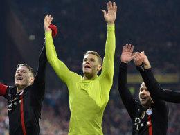Manuel Neuer jubelt