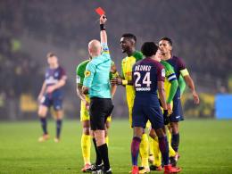 Entgeisterung in Nantes - Schiri nach Tritt suspendiert