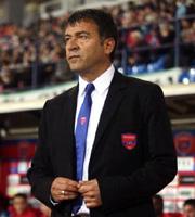 Fußball, Griechenland: Takis Lemonis trat als Coach von Panionios Athen zurück