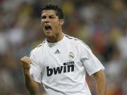 "Real Madrids Superstar Cristiano Ronaldo jubelt weiter mit ""bwin""."