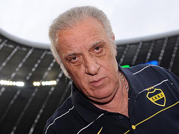 Alfio Basile ist als Trainer der Boca Juniors zurückgetreten.