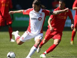 45 Minuten gegen Liverpool: Torsten Frings im Duell mit Nathan Ecclestone (re.).