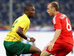 Samuel Eto'o, hier in einem Testspiel gegen den Russen Glushakov.