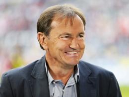 Zurück in Hellas: Ewald Lienen übernimmt AEK Athen.