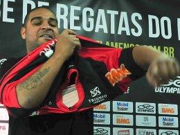 """Auf dem Platz wird er das Flamengo-Trikot wohl nicht mehr anziehen: """"Imperator"""" Adriano."""
