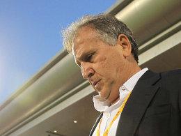 Zico will nicht mehr Trainer des Irak sein - der Brasilianer trat per Internet-Mitteilung auf seiner Homepage zurück.