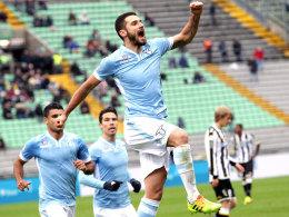 Candreva bejubelt sein 1:1 in Udine