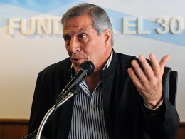 Erneuerte seinen Kontrakt als Nationaltrainer Uruguays um vier Jahre: Oscar Tabarez.
