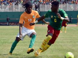 Sind beide dabei: Der Ivorer Gervinho (li.) und Kameruns Ambroise Oyongo.