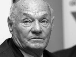 Verstarb im Alter von 89 Jahren als Letzter der legendären ungarischen Mannschaft des Jahres 1954: Jeno Buzanszky.