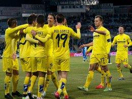 Jubeltraube nach 18 Spielen ohne Niederlage: Villarreal freut sich über den Sieg in Getafe.