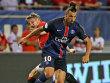 Das Spiel lief wie Ibrahimovic h�ufiger an ihm vorbei: United-Mittelfeldmann Bastian Schweinsteiger (hinten).