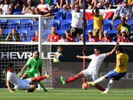 Hulk schie�t Selecao und Sanchez Chile zum Sieg