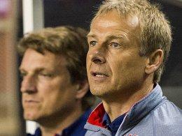 Will mit seiner US-Auswahl zum Confed-Cup: Jürgen Klinsmann, links Andreas Herzog.