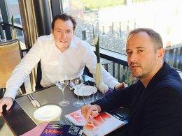 Marc Wilmots und Chefredakteur Jean-Julien Beer