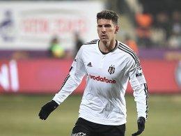 Besiktas bleibt Tabellenf�hrer - Gomez trifft