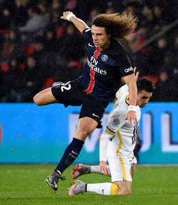 Gestrauchelt: David Luiz kam mit PSG gegen Lille nicht �ber ein 0:0 hinaus.