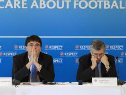 UEFA-Exekutivkomitee-Sitzung: Generalsekretär Theodore Theodoridis und Vize-Präsident Angel Maria Villar Llona (re.).