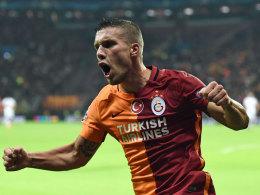 Podolski k�pft Galatasaray zum Pokalsieg