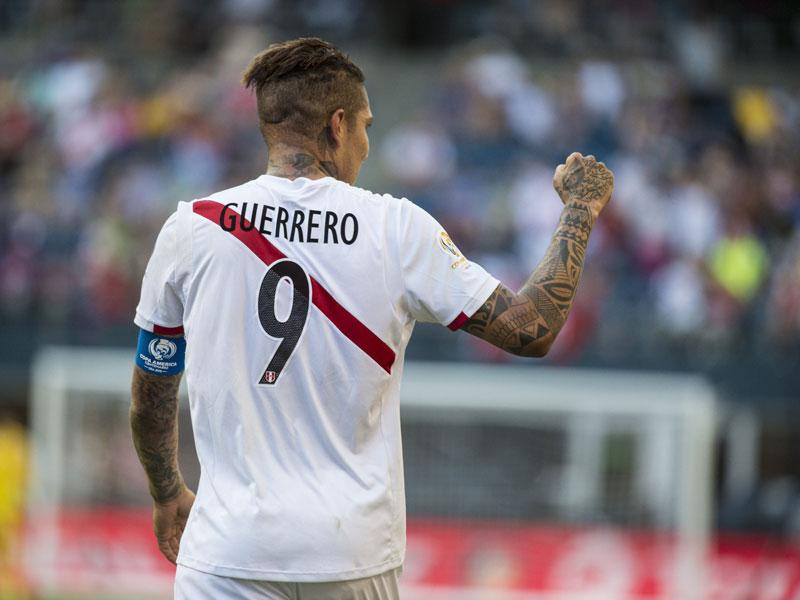 Chefsache: Peru kann sich auf seine Lebensversicherung namens Paolo Guerrero verlassen.