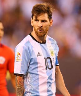 Geht ungekr�nt von Bord: Lionel Messi bleibt mit Argentinien ohne wichtigen Titel.