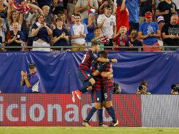 USA im Halbfinale - Beißattacke gegen Altidore