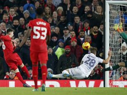 Rekord-Youngster Woodburn ballert Liverpool ins Halbfinale