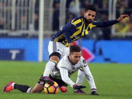 Eto'o kann's immer noch - Torloses Istanbul-Derby