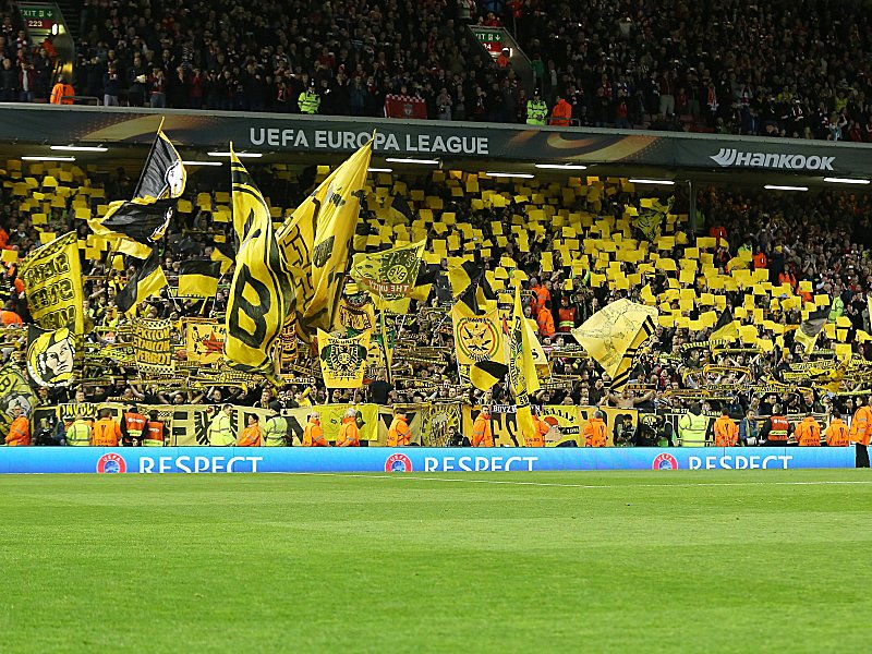 you 39 ll never walk alone ehre f r bvb fans int fu ball kicker. Black Bedroom Furniture Sets. Home Design Ideas