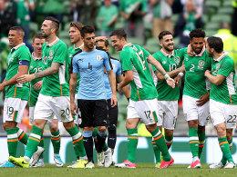 Iren feiern gegen Uruguay, Oranje gegen die Elefanten