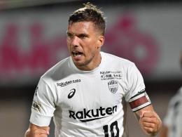 Doppelpack Podolski: Kobe atmet auf