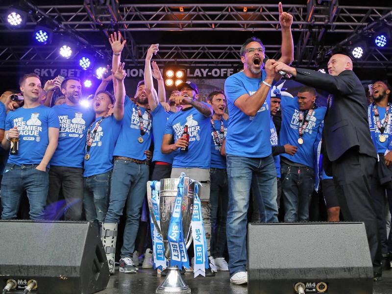 Huddersfield & Co. - Wer am längsten auf die Rückkehr wartete